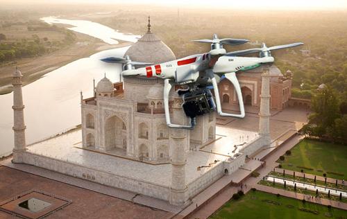 туриста арестовали за запуск дрона над тадж-махалом