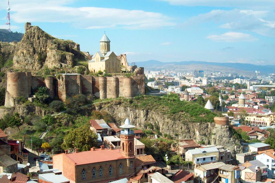 грузия на майские праздники