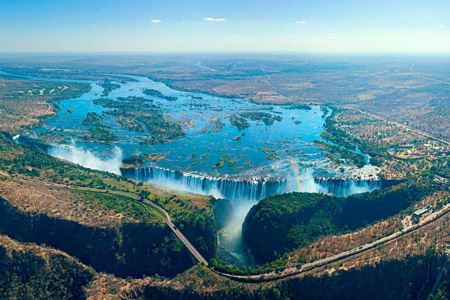 Зимбабве на майские праздники