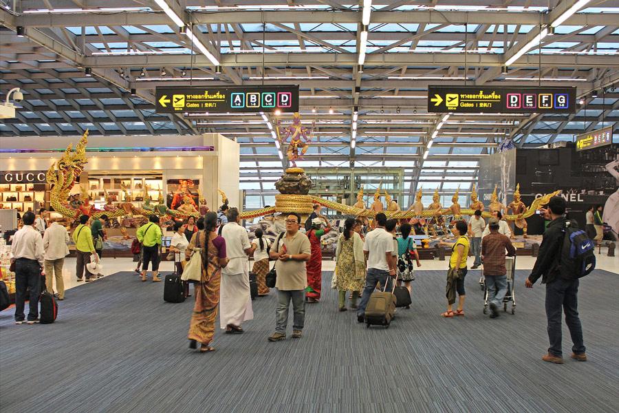 чем заняться во время стыковки аэропорт Суварнабхуми