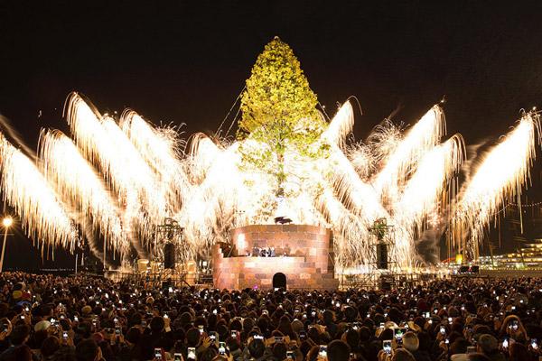новогодняя елка в кобе япония