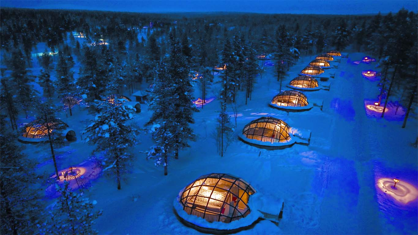 Курортный комплекс Kakslauttanen Arctic Resort - Igloos and Chalets