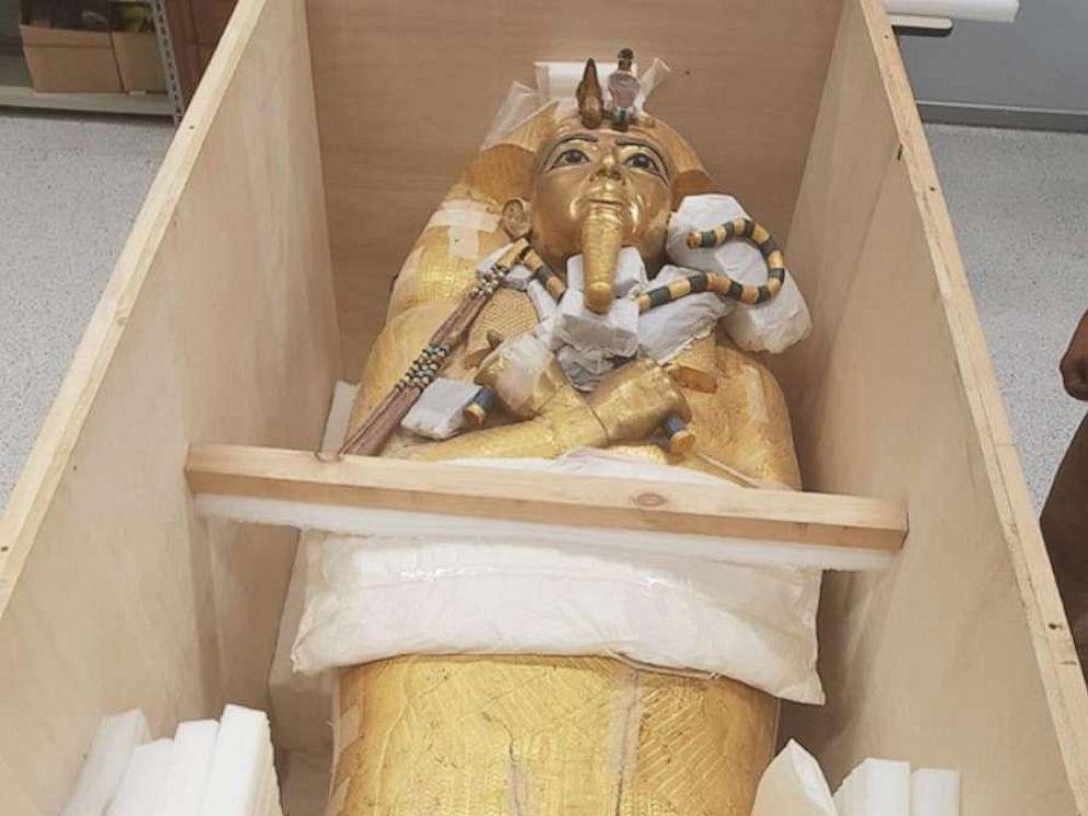vosstanovlenie-sarkofaga-tutankhamona