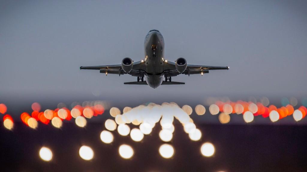 Посадка самолета в Греции