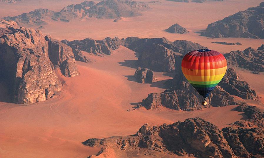 Полет на воздушном шаре в Вади Рам в Иордании