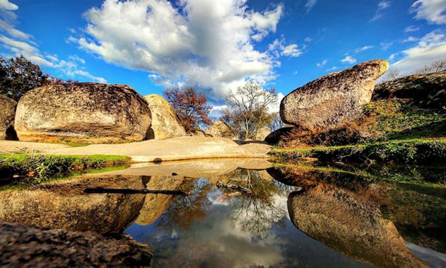 Природно-археологический памятник Беглик-Таш, Болгария