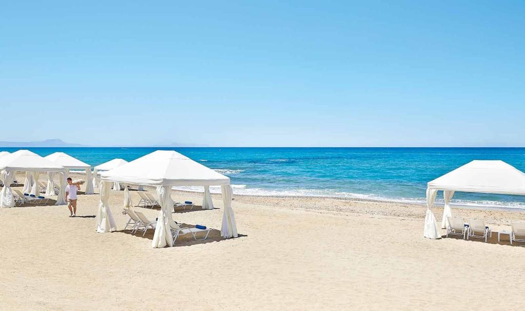 Пляж отеля Grecotel Caramel Boutique