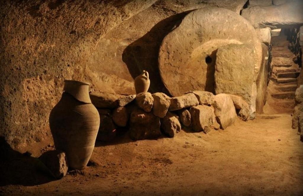 Подземный город Деринкую в Каппадокии (Турция)
