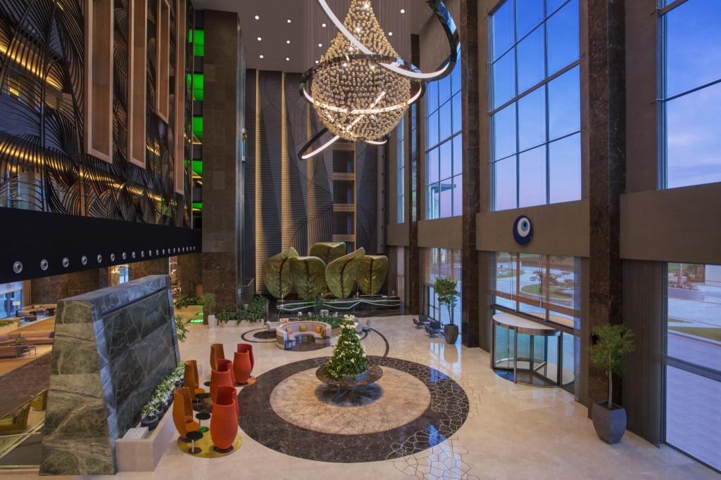 Зона приема гостей отеля Regnum Carya Golf & Spa Resort