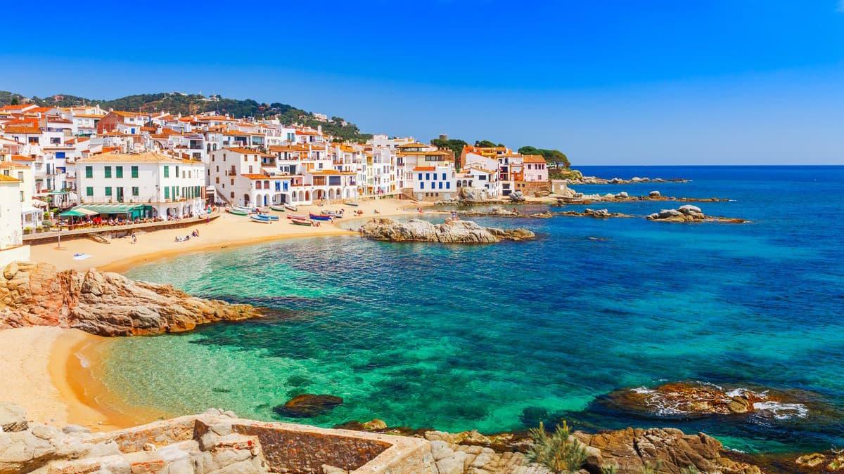 tury v costa brava - Испания