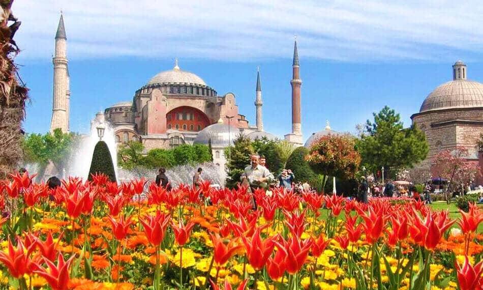 Туры в Турцию на 8 марта