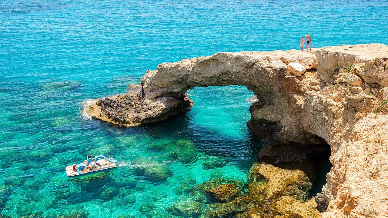 Горящие туры на Кипр из Киева