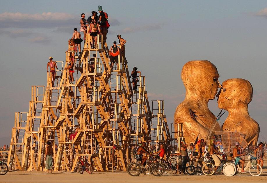 Второй год без Burning Man: виноват коронавирус