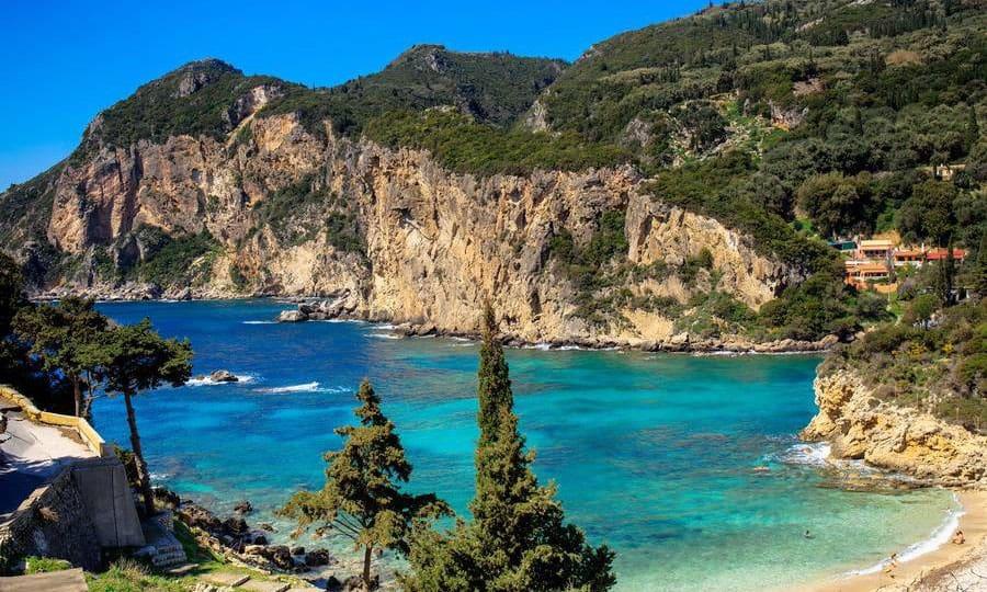 Пляж Палеокастрица, Корфу