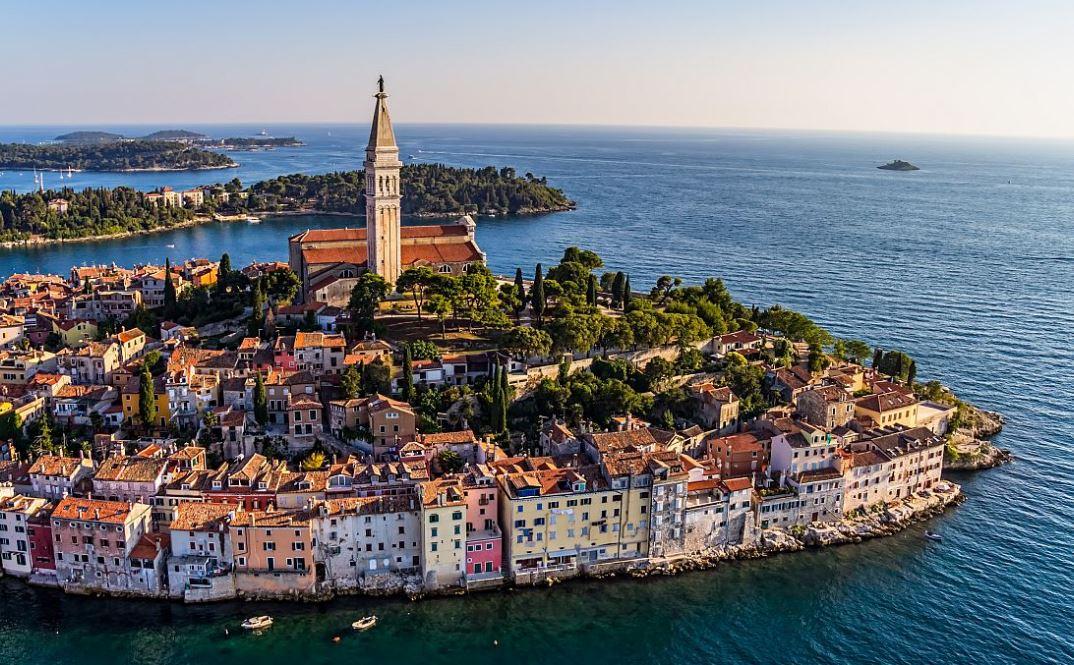 Хорватия открывается для украинских туристов