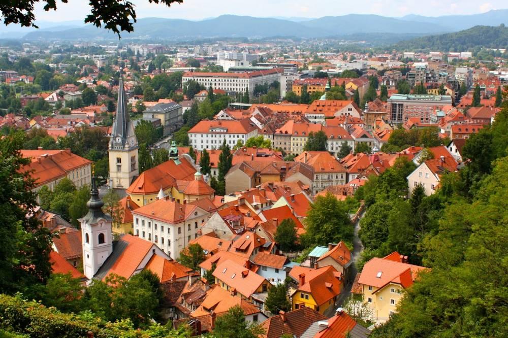 Словения облегчила правила въезда для стран из «оранжевого списка»