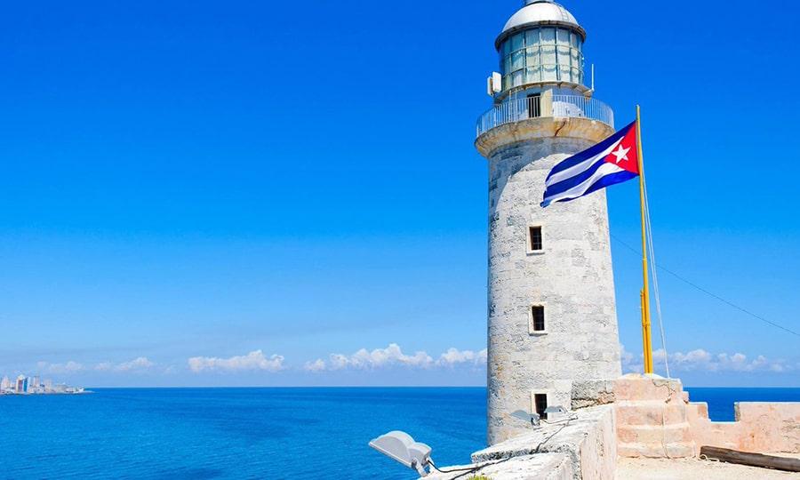 На Кубу собираются пускать без теста этой осенью