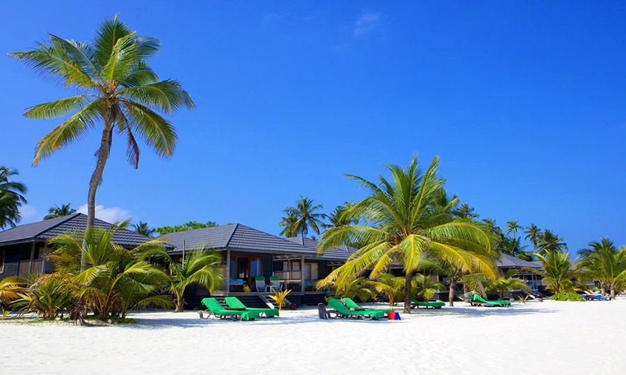 Курорты Мальдив-Атолл Лавиани