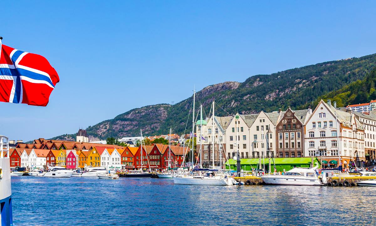 Норвегия и Финляндия теперь пускают украинских туристов