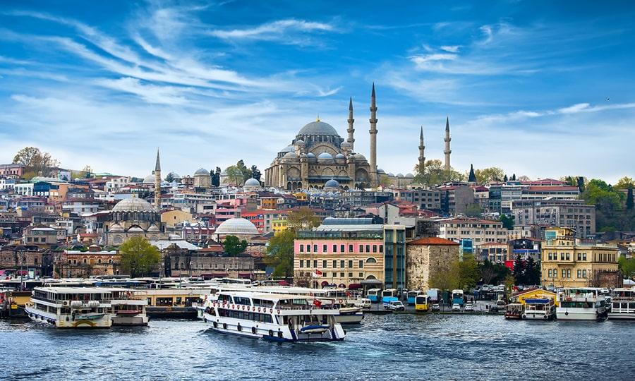Туристы в Турции могут посещать общественные места без ПЦР-теста